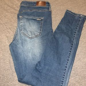 Hollister high-rise super skinny